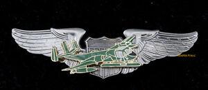 OV-1-MOHAWK-WING-HAT-LAPEL-PIN-US-ARMY-VIETNAM-Whispering-Death-PILOT-CREW-GIFT