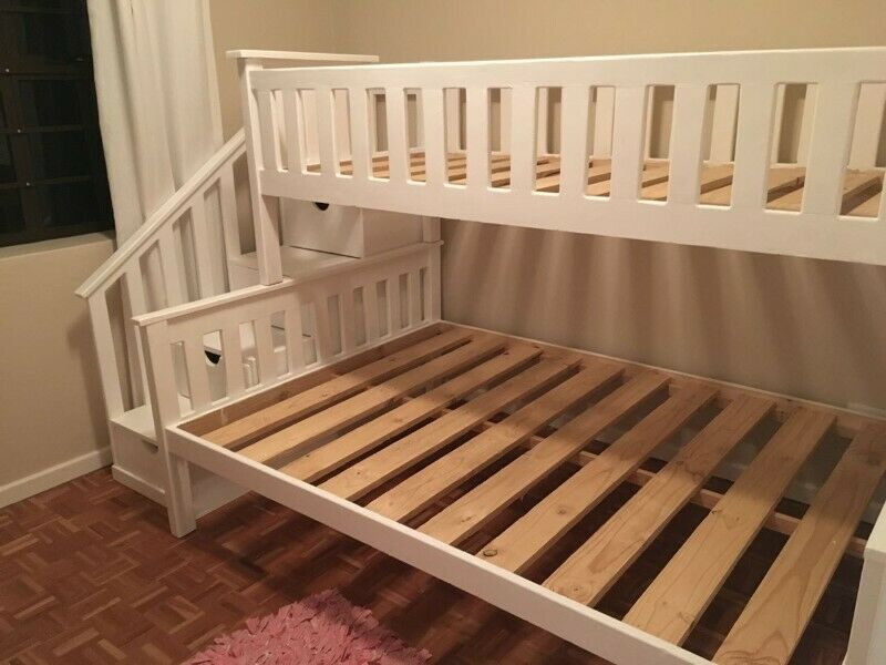 Storage StairCase Tribunk Bed