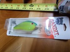 Bandit 400 Series lure 12-16ft 415 Pearl Chartreuse Back