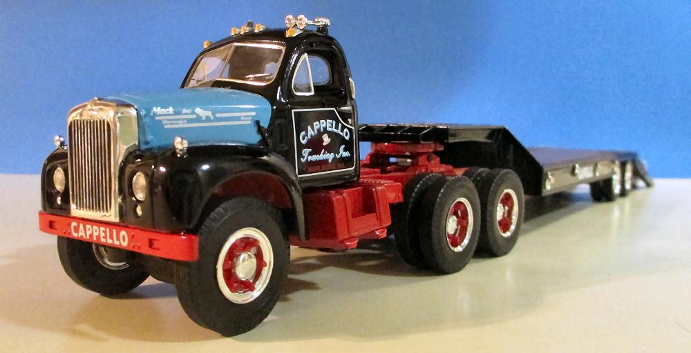 First Gear cordialidad camiones 1960 B Mack Con Lowboy Remolque 19-2888 Nuevo