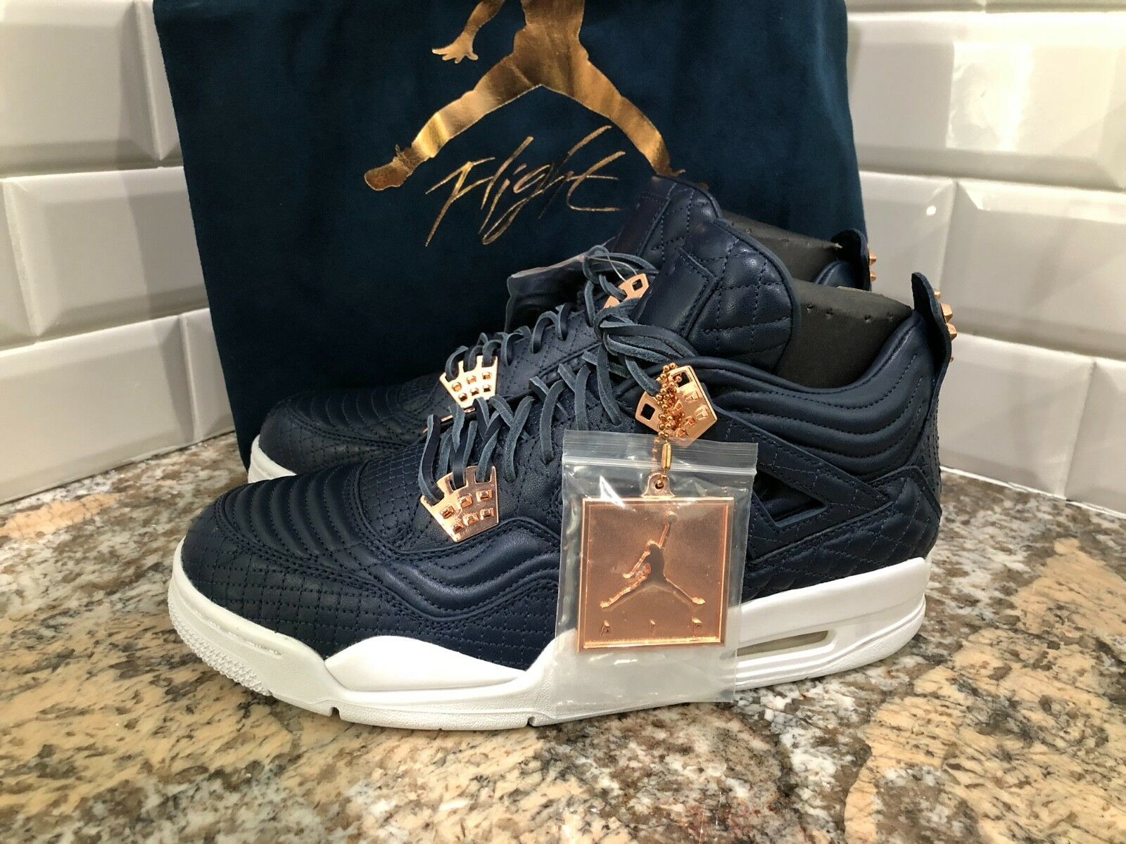 Nike Air Jordan 4 IV Retro Premium Obsidian Pinnacle Rose Doré 819139-402 SZ 9.5