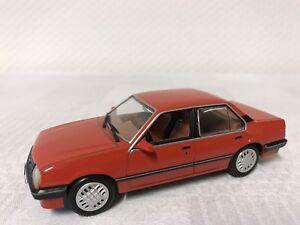 Chevrolet-Monza-1-43-Modellauto-Geschenk-Modelcar-Scale-Model-Sammeln-Raritaet