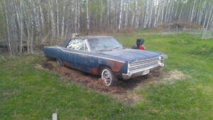 1967 PLYMOUTH FURY 111 CONVERTABLE...project car....$1950obo