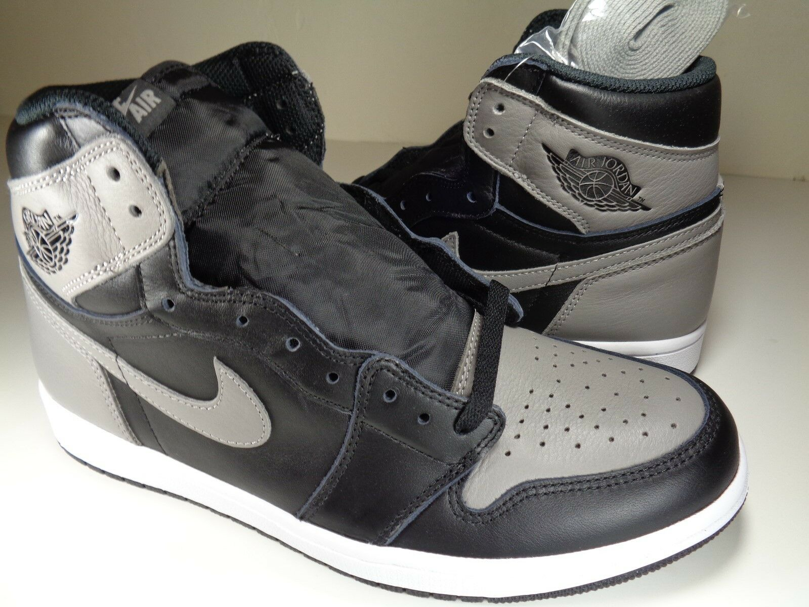 Nike Air Jordan 1 Retro High OG Shadow Black White Grey SZ 12 (555088-013)