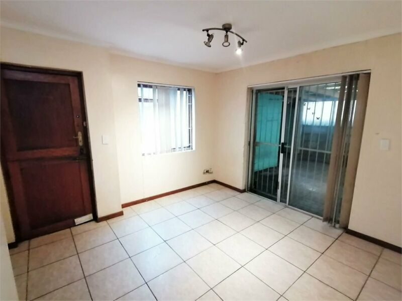 House in Dennemere For Sale