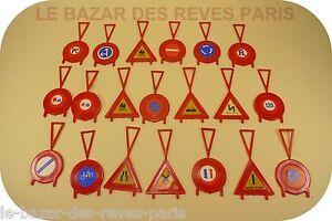 Norev France. Lot De Panneaux Routiers.