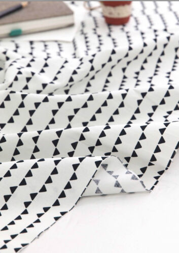 BY THE YARD Black Triangles 100/% Cotton Fabric Scandinavian quilting JC4//68@