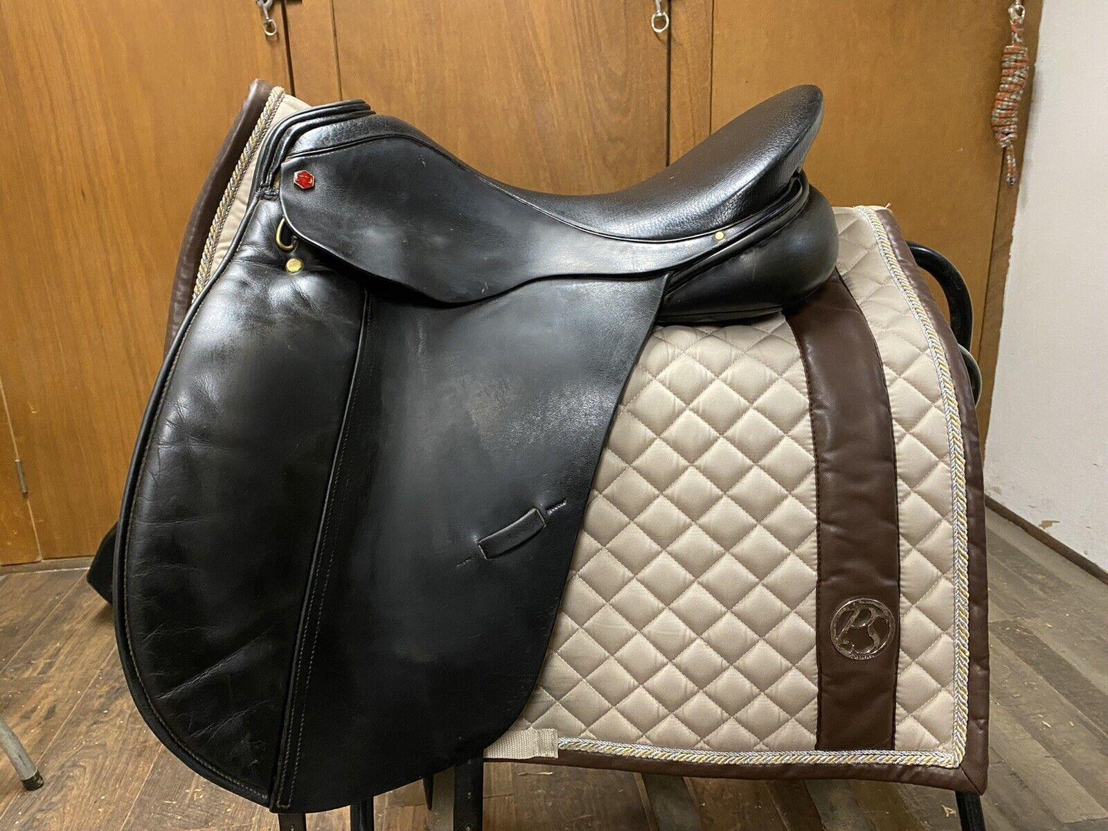 Albion SL Dressage Saddle 17.5