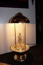 Lampe mit Pumpe Skulptur alt vintage Automat