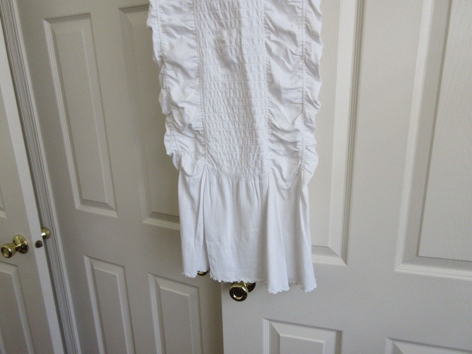 Guess , Ladies Long Skirt , White , Unique , Pleated ,