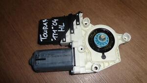 VW-Touran-1T-04-Alzacristalli-Motore-Posteriore-Sinistro-Hl-1K0959703E