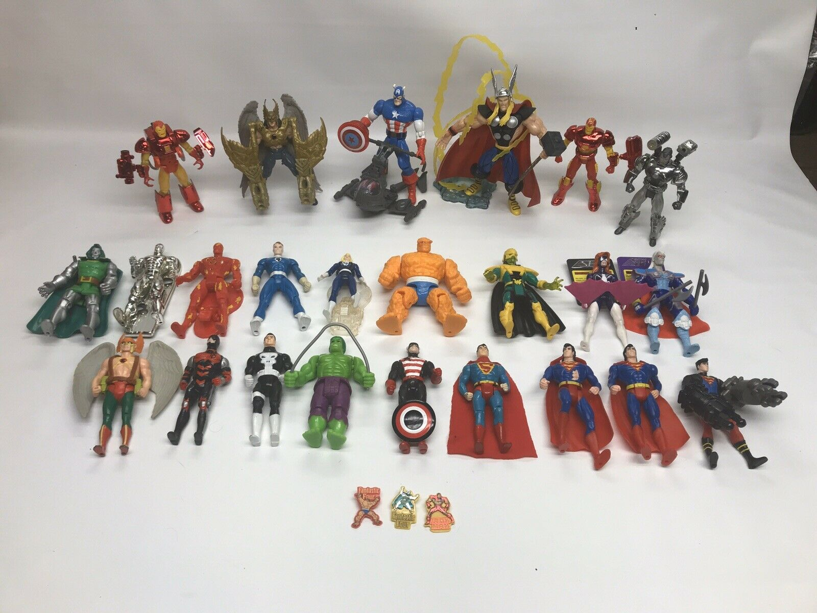 24 Marvel Super Heroes giocattolo Biz cifras 90's. Great Condition  tutti Parts