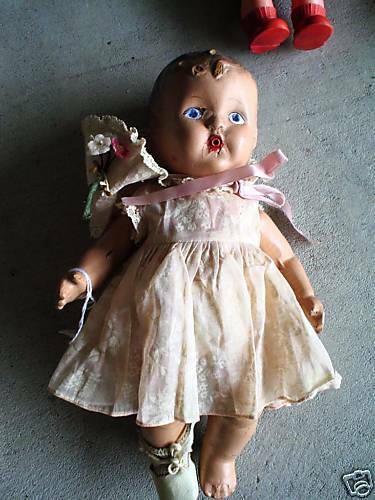 Vintage 1920s Composition Drinking Baby Girl Doll LOOK