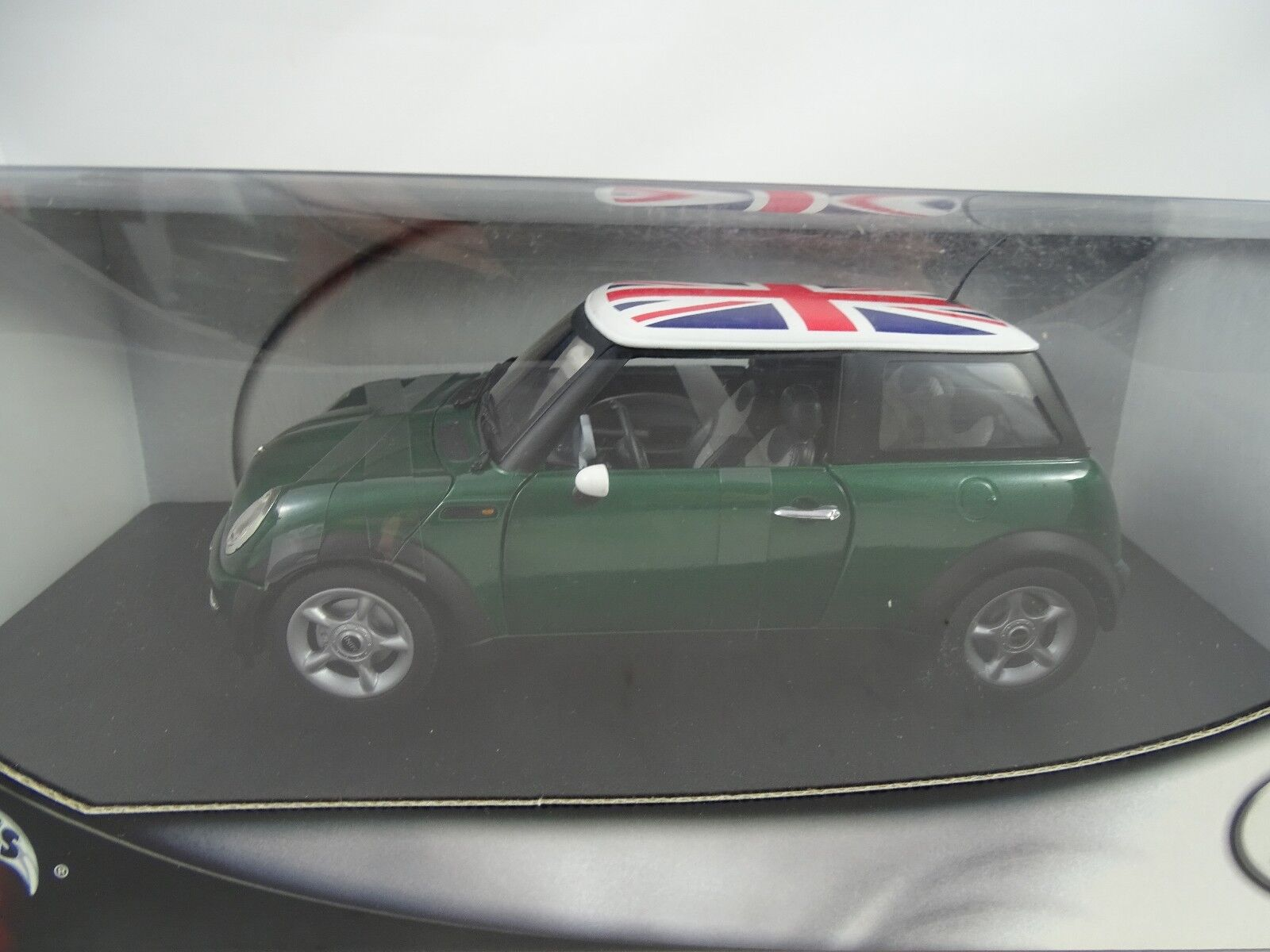 1 18 Hot Wheels Mini 4 4 verde ( Gb Flag) - Rareza§