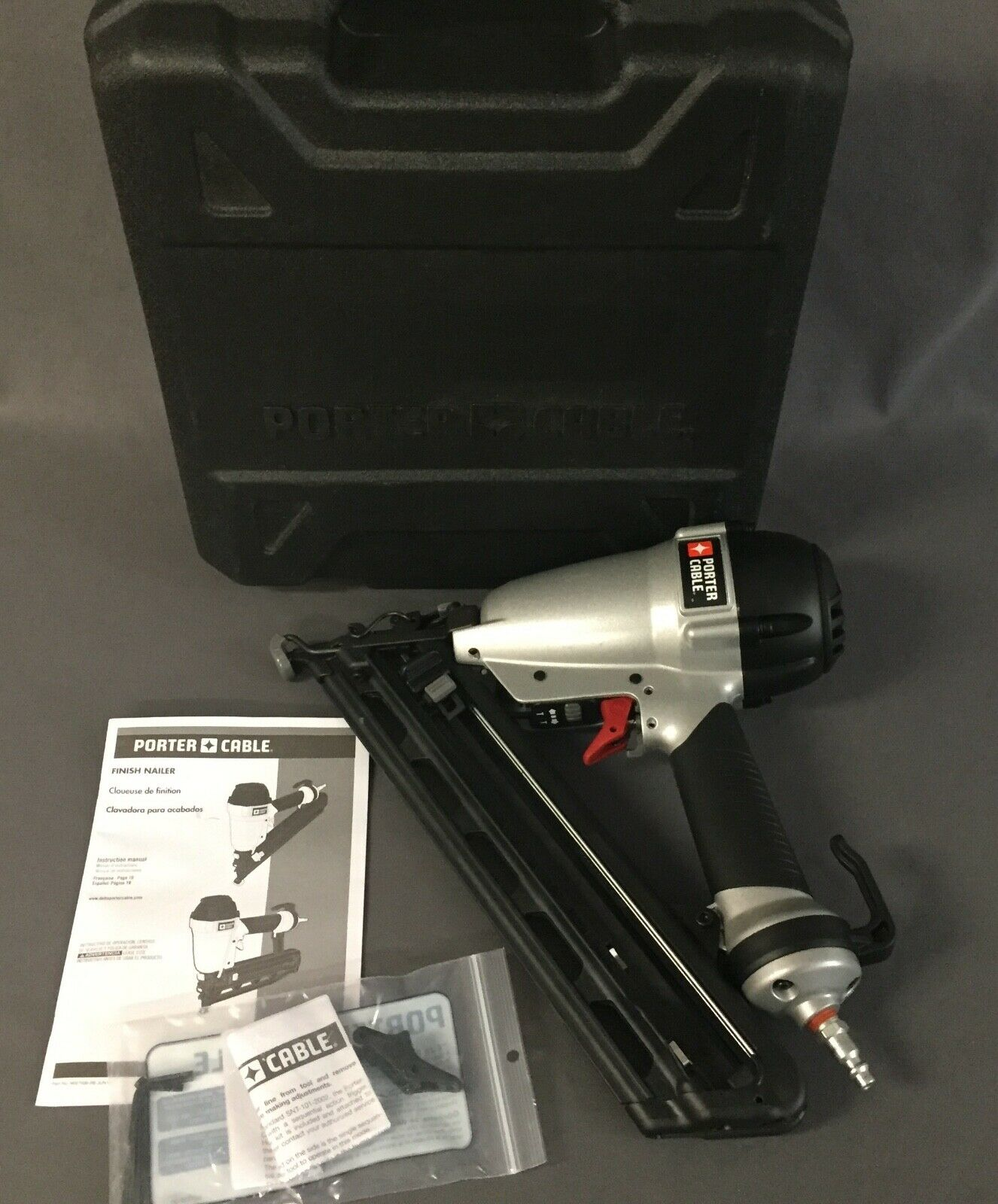 Porter-Cable 15-Gauge Pneumatic 2-1 2 in. Angled Nailer Kit DA250C [A]