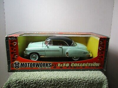 Motomax Collectibles 1950 Chevy Bel Air 1//24 Scale Diecast CAR Green or Yellow