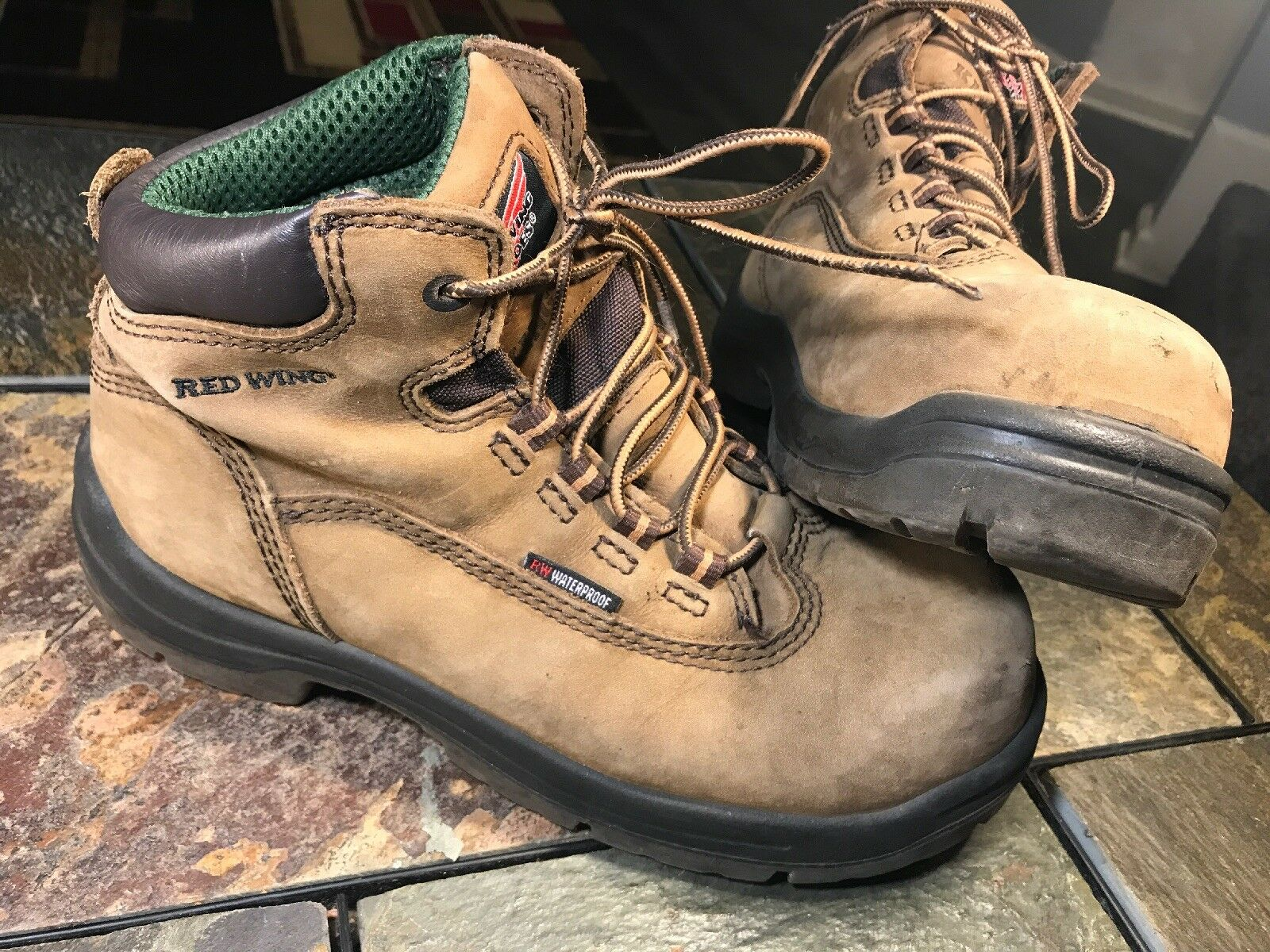 Red Wing shoes Women's Tan Leather Work Boots King Toe Waterproof Size 7