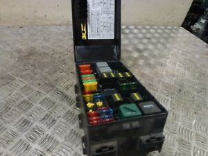 ford focus zetec mk1 1 6 16v 3dr 2005 under bonnet fuse box 1993 Ford Mustang Fuse Box image is loading ford focus zetec mk1 1 6 16v 3dr