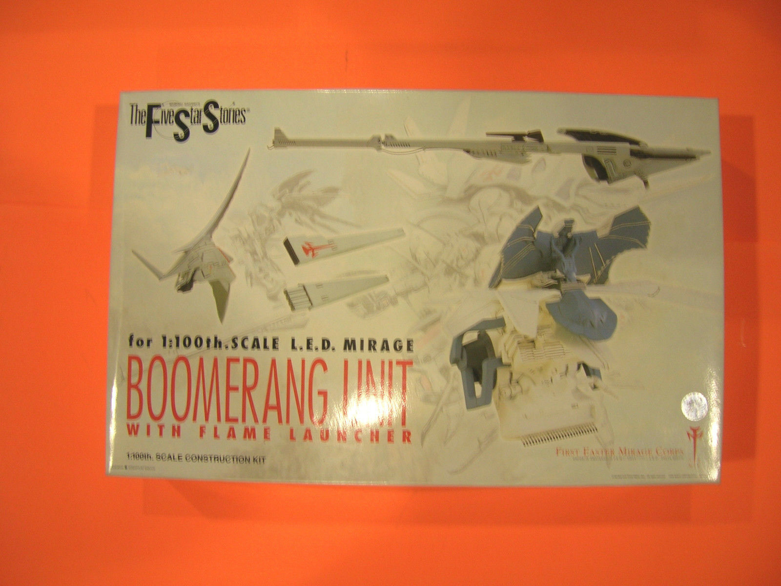 Five Star Stories-Wave 1/100 L.E.D MIRAGE Boomerang unit with flame launcher new