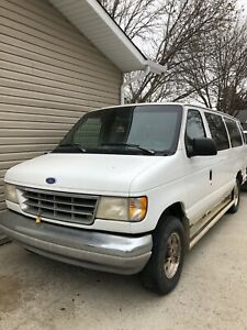 1995 Ford Clubwagon XLT *Reduced*