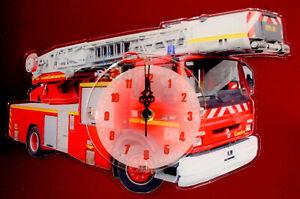 Horloge-pendule-divers-pompiers-4-clock-uhr-reloj-firefigther-feuerwehrmann