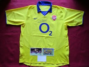 fdfcd3f30b9 Image is loading ARSENAL-GUNNERS-LEGEND-THIERRY-HENRY-HAND-SIGNED-NIKE-