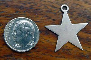 Vintage-silver-STAR-CHRISTMAS-PENDANT-BRACELET-charm