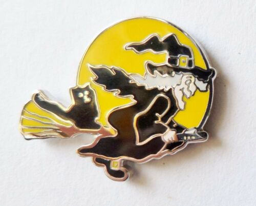 Witch /& Cat on Broomstick Moonlit Silhouette Enamel Lapel Pin badge FREE POSTAGE