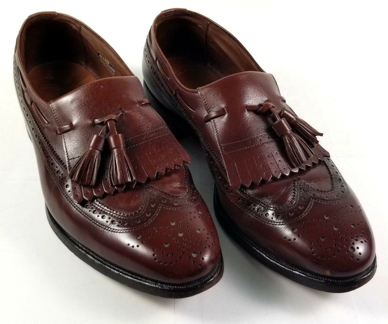 Allen Edmonds Mens Wingtip Loafer Size 9 D Arlington Kiltie Tassels Leather USA