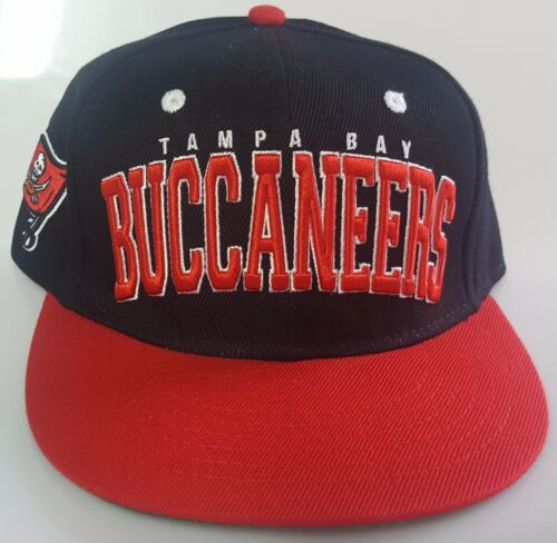 NFL Tampa Bay Buccanears Black and Red Embroidered Snapback Hat New
