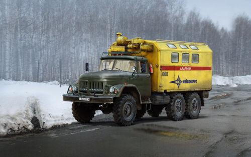 ICM 35518-1:35 ZiL-131 Emergency Truck,Soviet Vehicle Neu