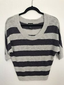Wet-Seal-Womens-Sweater-Stripe-Metallic-Sparkly-Purple-Gray-3-4-Sleeve-Sz-M