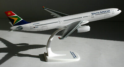 Herpa Snap Wings 1:200 Airbus A 330-300 South African Airways 612074