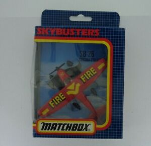 Vintage-Matchbox-Diecast-SKYBUSTERS-SB-26-avion-Cessna-Flotador-Rojo-Fuego-1987-En-Caja