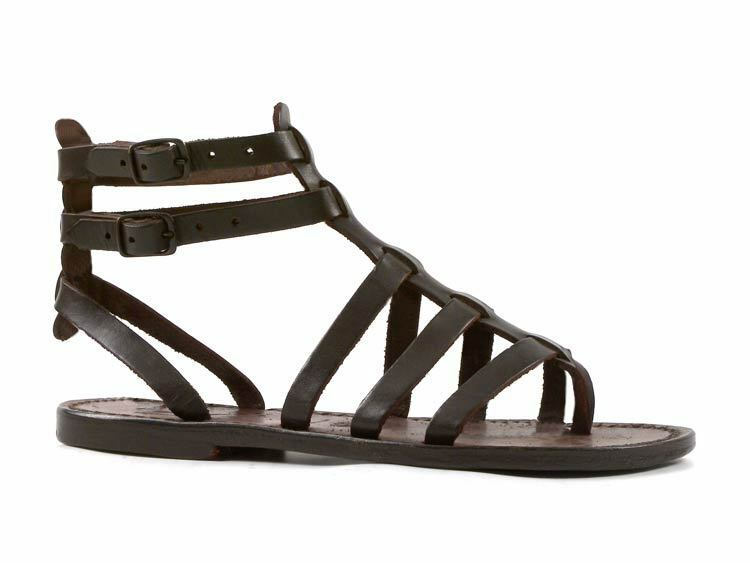 Dark marron gladiateur Sandals for femmes in real leather handmade in