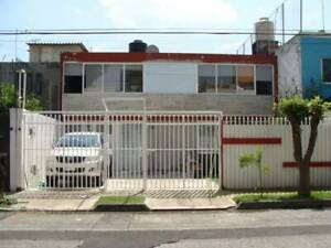Excelente casa en renta remodelada Col. electricistas