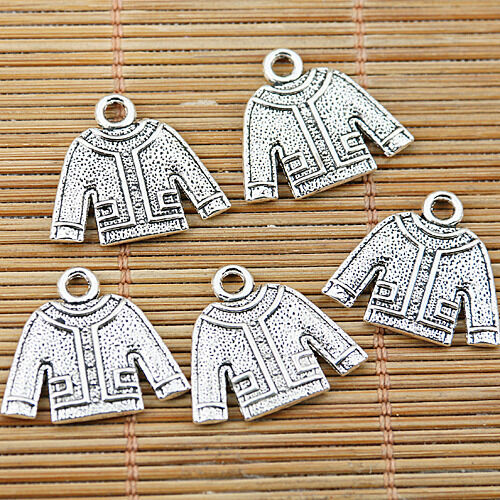 8pcs tibetan silver tone sweater design charms EF1548