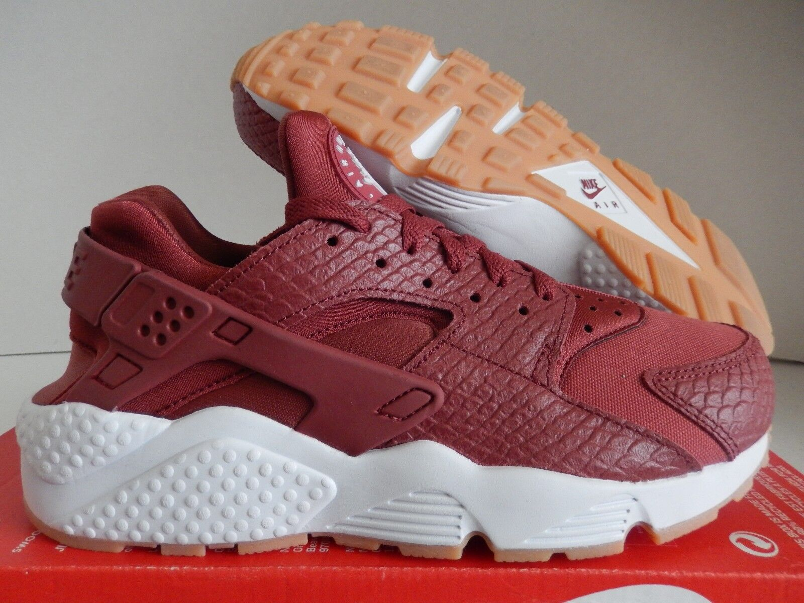 WMNS NIKE AIR HUARACHE RUN SE CEDAR-GUM YELLOW-WHITE SZ 8 [859429-600]