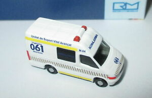 Rietze-16973-Iveco-Daily-Ambulancia-Es-1-160-Neuf-Emballage-D-039-Origine