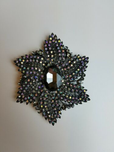 Joan Rivers Vintage Jeweled Floral Brooch Costume