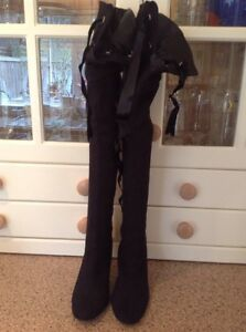 GREAT-UNBRANDED-BLACK-SUEDE-EFFECT-OVER-THE-KNEE-BOOTS-UK-SIZE-4-WORN-RRP-125