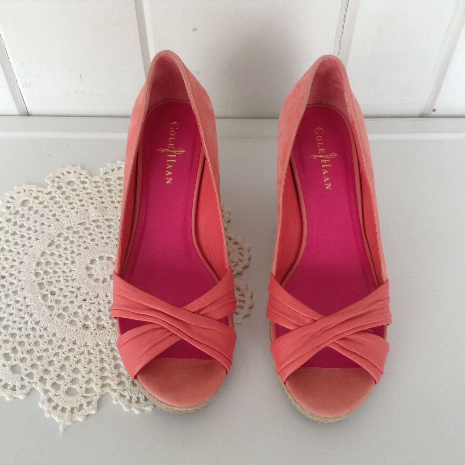 Cole Haan Wedge Coral Pump Suede Like Open Toe chaussures Sz 8 1 2 - 3  heel