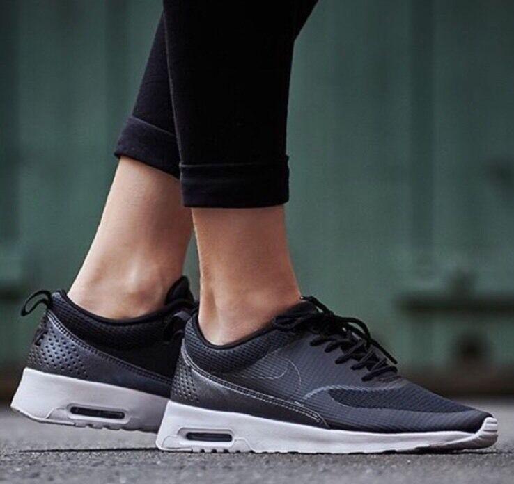 Nike Air Max Thea Textile Size 5
