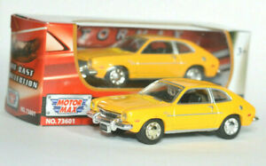 Ford-Pinto-1971-1-64-7-Cm-Modelo-del-Coche-de-juguete-Diecast-Die-Cast-Amarillo-En-Miniatura