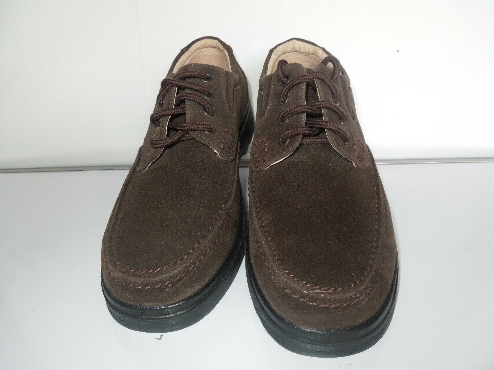 Mens INNOVATE Casual Shoes Size 11 UK Brown Lace up Lightweight. NEW WITHOUT BOX