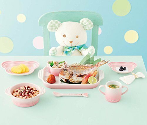 New Le Creuset baby dish with a handle Milky Pink