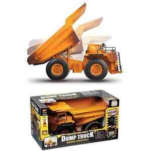 Camion à benne basculante à construction contrôlée par radio (véritable action de basculement) ** neuf ** 5060233783403