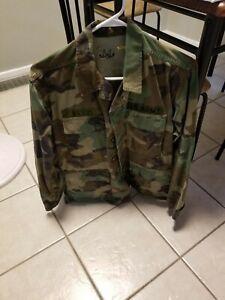 Vintage-U-S-Army-Military-Camo-Jacket-Size-Small-Short