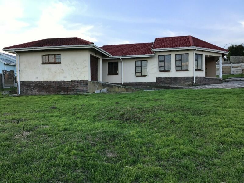 3 Bedroom Freestanding To Let in Southernwood
