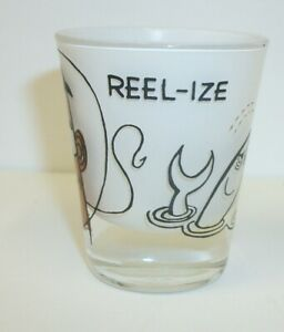 Vintage-Anchor-Hocking-Novelty-Reel-ize-Fishing-Frosted-Shot-Glass